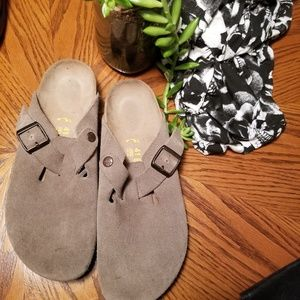 Birkenstock Bostons Suede Gray Brown Wide Mules